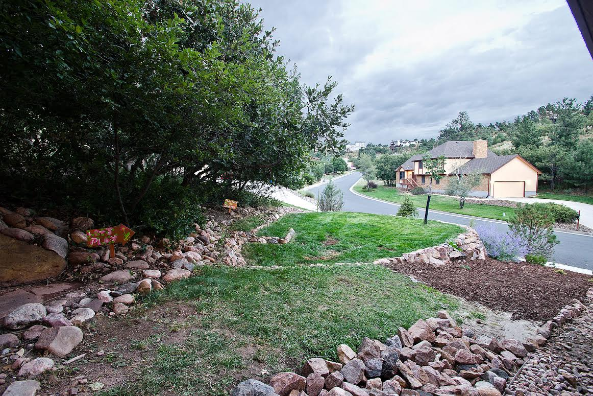 32 – Side Yard Landscaping