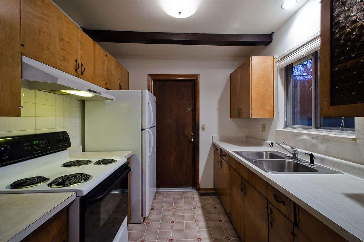 8 – Kitchen w door into Garage