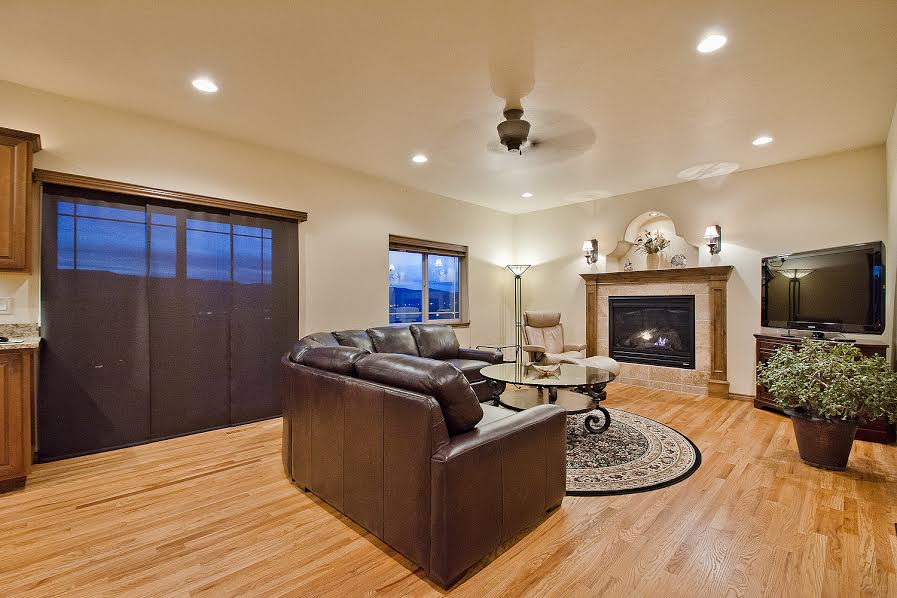 Family Room out to Deck