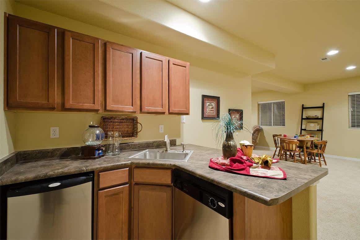 BAsement with Wet Bar, Refrigerator and Dishwasher