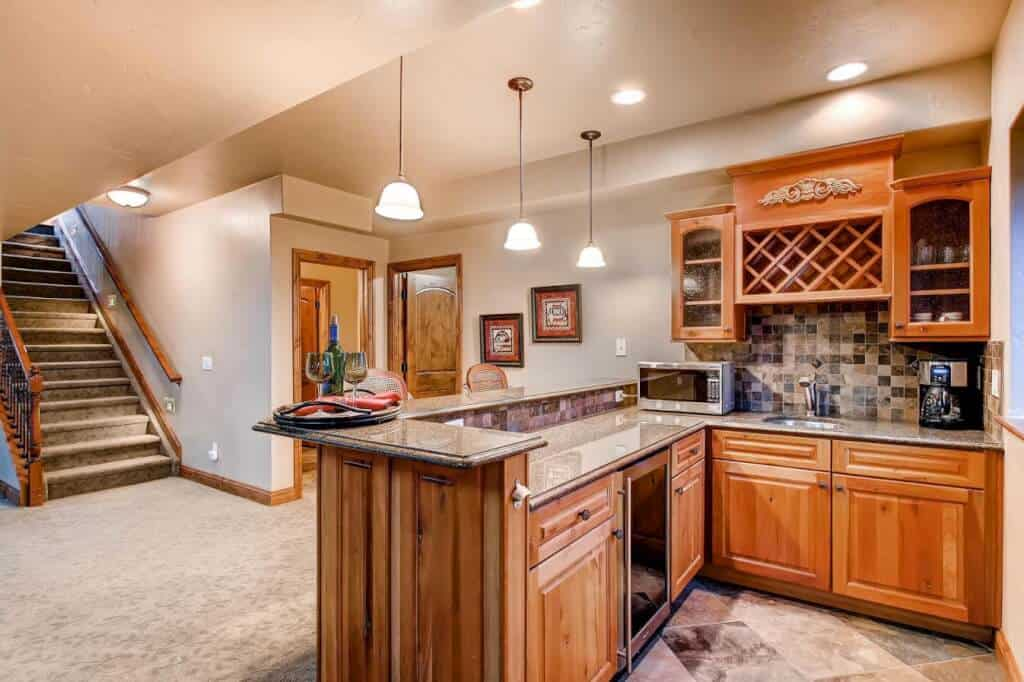 Wet Bar with Granite Counters and Refrgierator