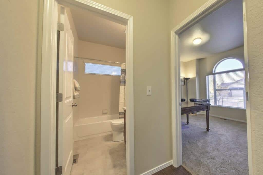 Entry to Front Bedroom and Bathroom