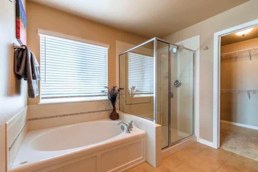 Master Bathroom with Walkin Closet