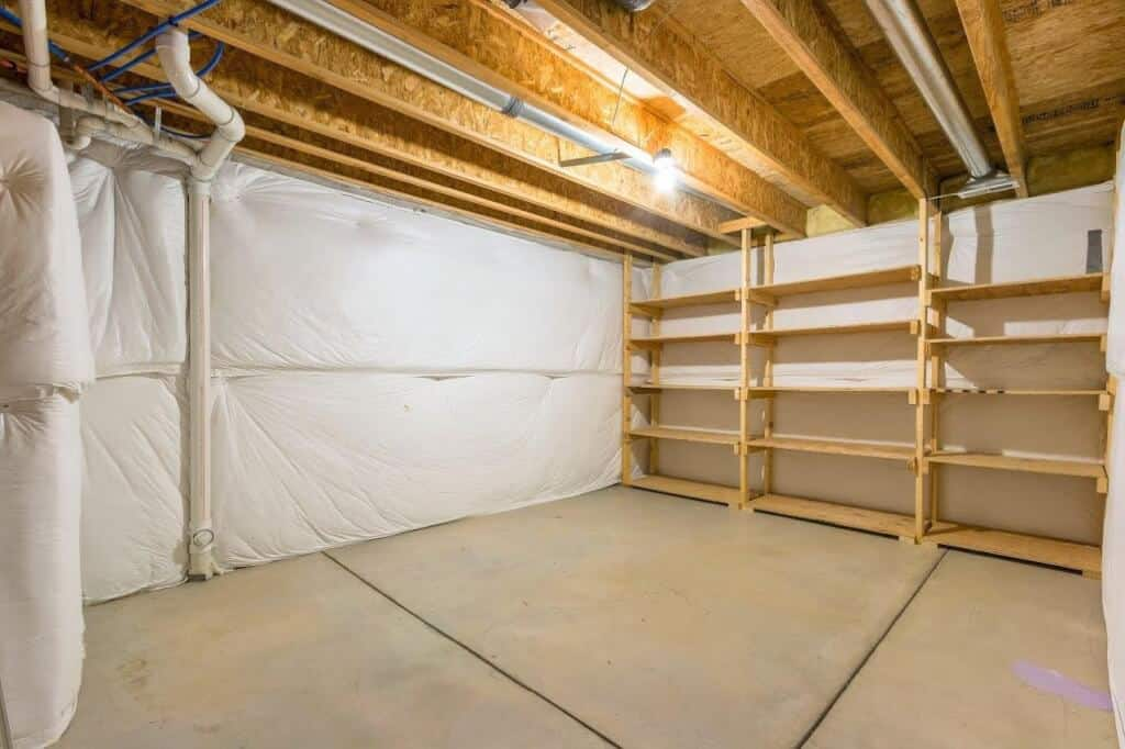 Huge Storage with Shelving