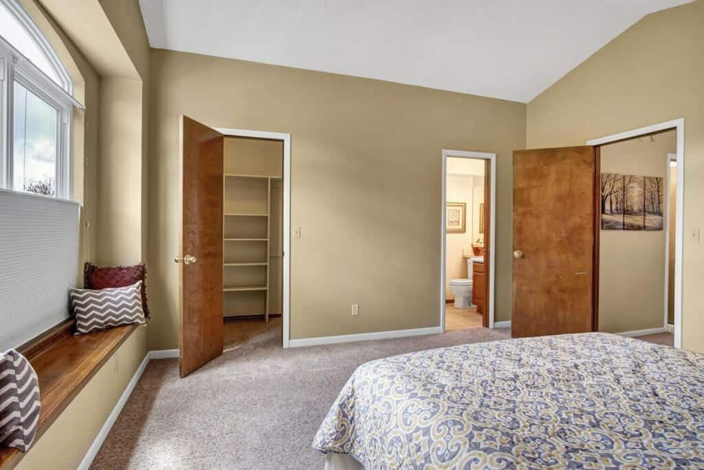 Master Bedroom with Walkin Closet and Bath