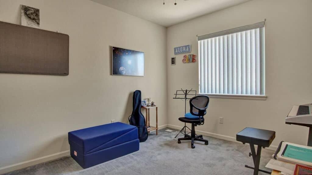 Spacious Upper Level Bedroom 2