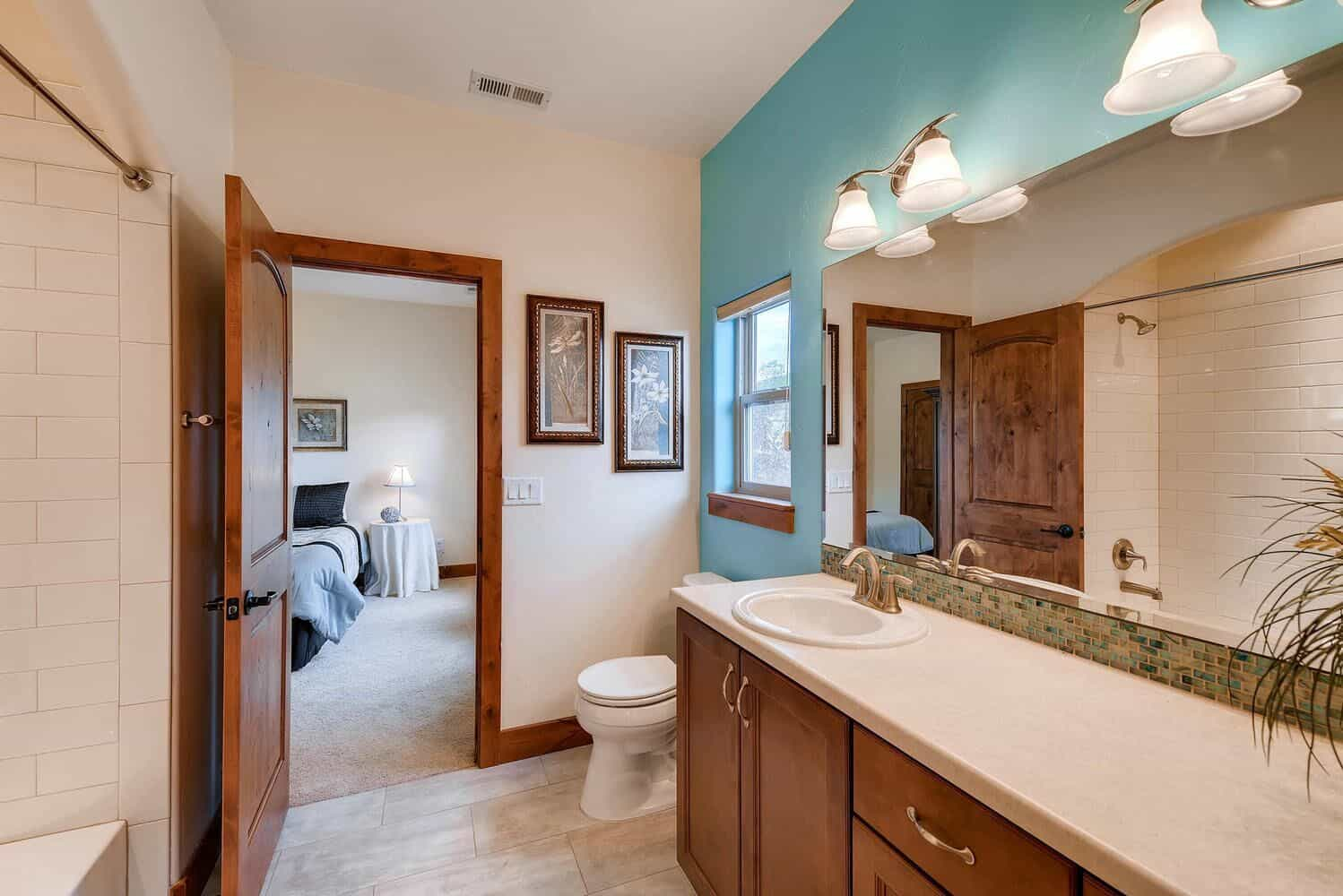 Upper Jack and Jill Bathroom