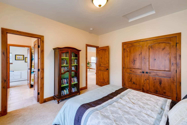 Upper Bedroom 3 into Jack N Jill Bathroom