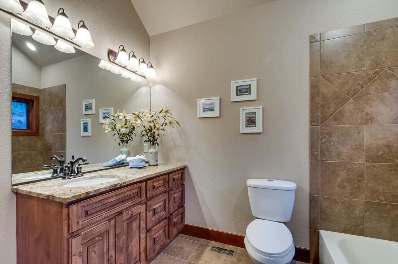 Ensuite Bathroom with Walkin Closet for Bedroom 3