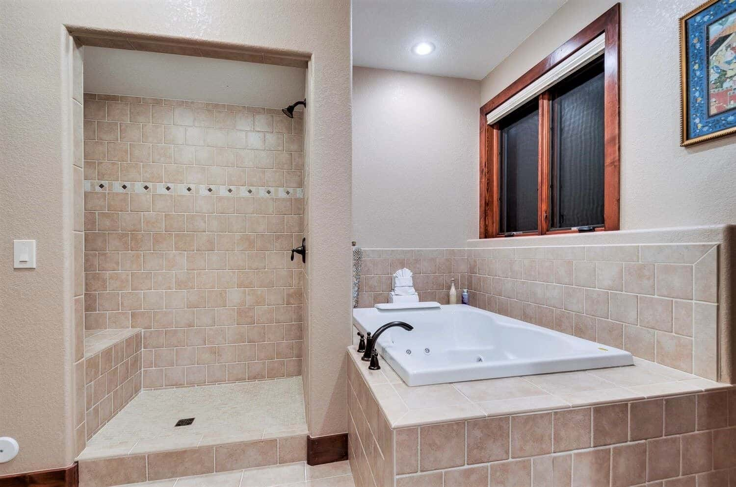 Basement 5pc Bathroom