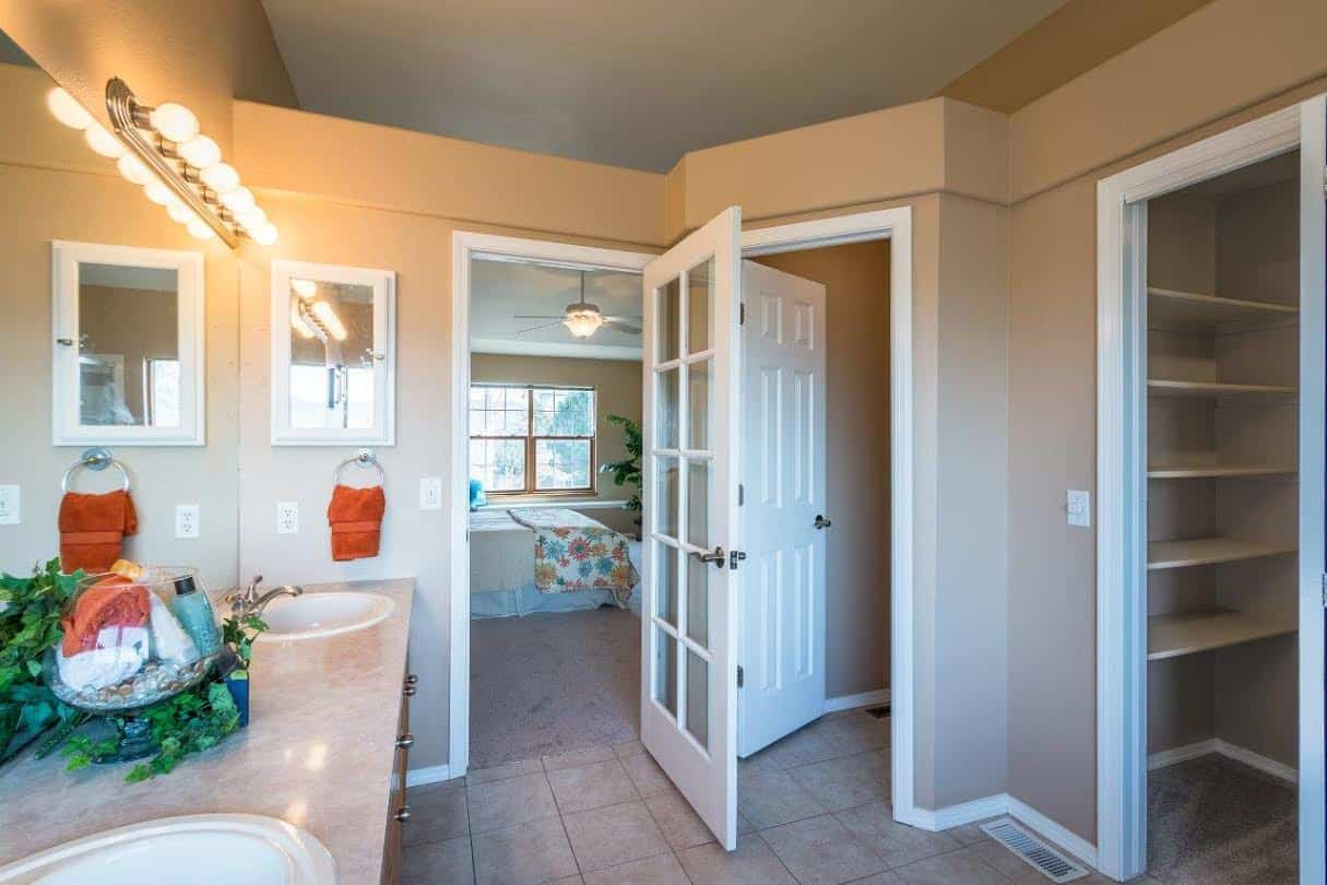Master Bathroom and Walk-In Closet