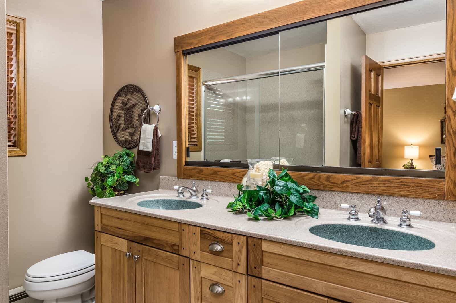 Master Bathroom with Walkin Shower