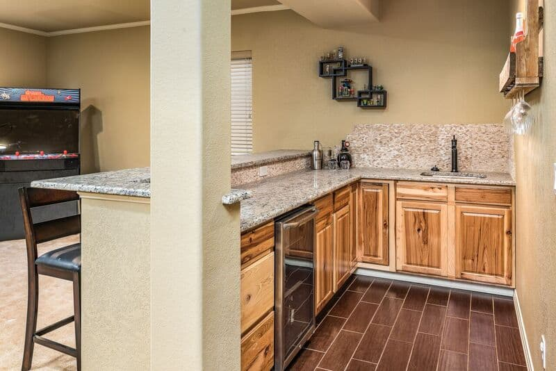 Large Basement Wet Bar with Fridge