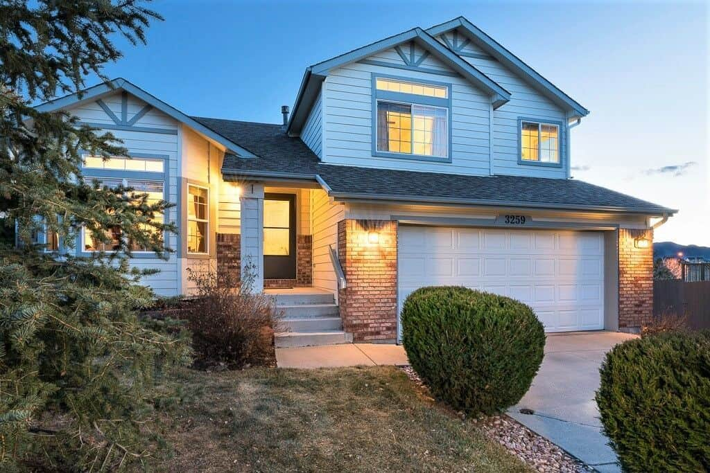Immaculate D20 Home with Pikes Peak Views