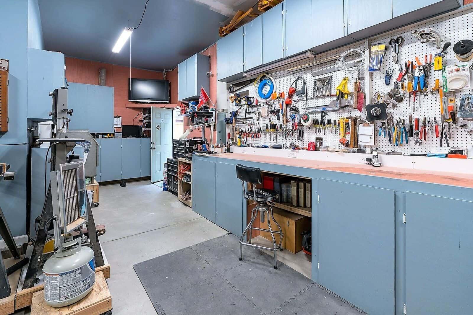 Extra Garage Space for Workshop