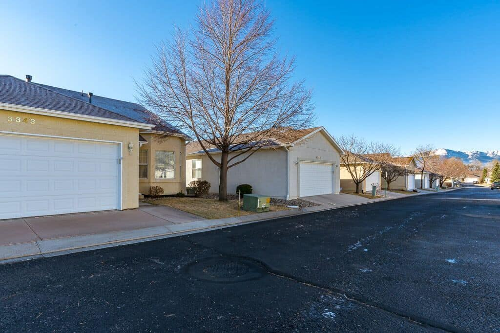 Quiet Community with Great Views