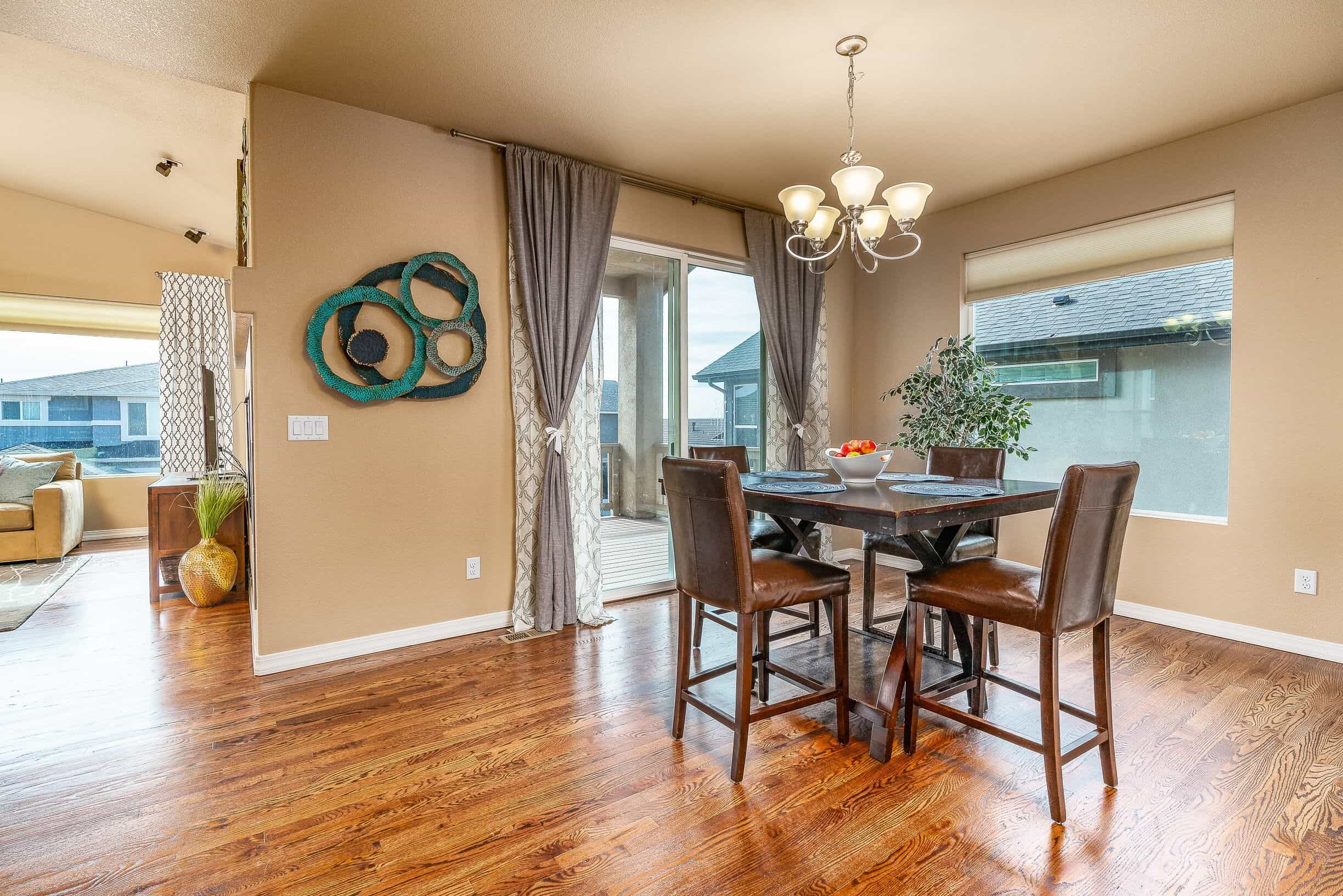Walkout Dining Room