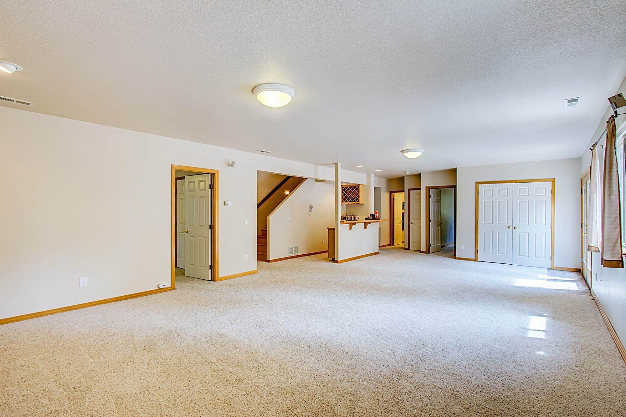 Walk Out Basement with Wet Bar