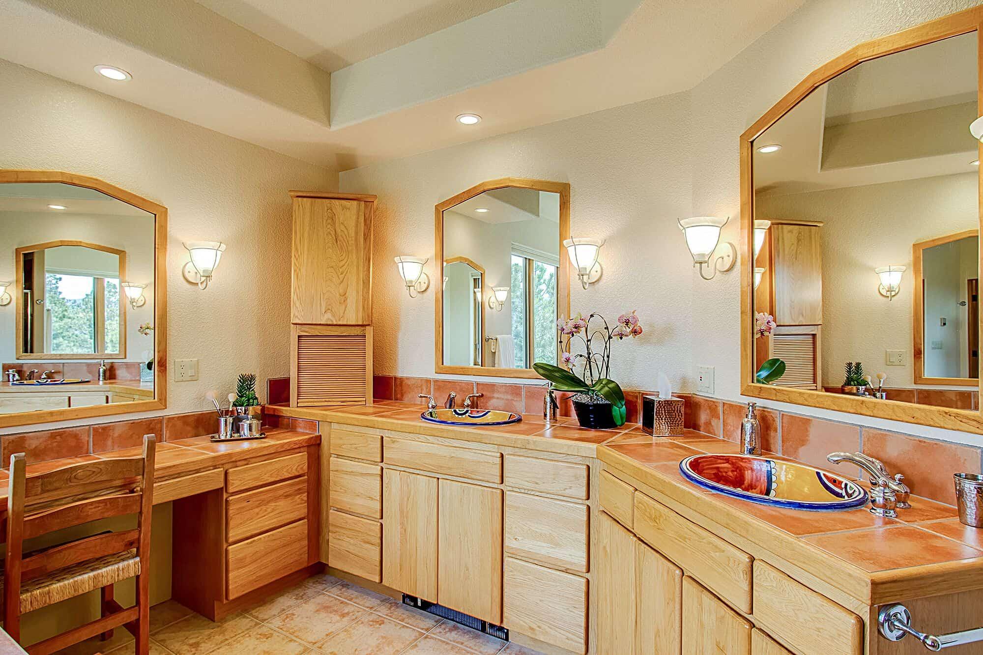 Master Bathroom with Dual Sink Vanity