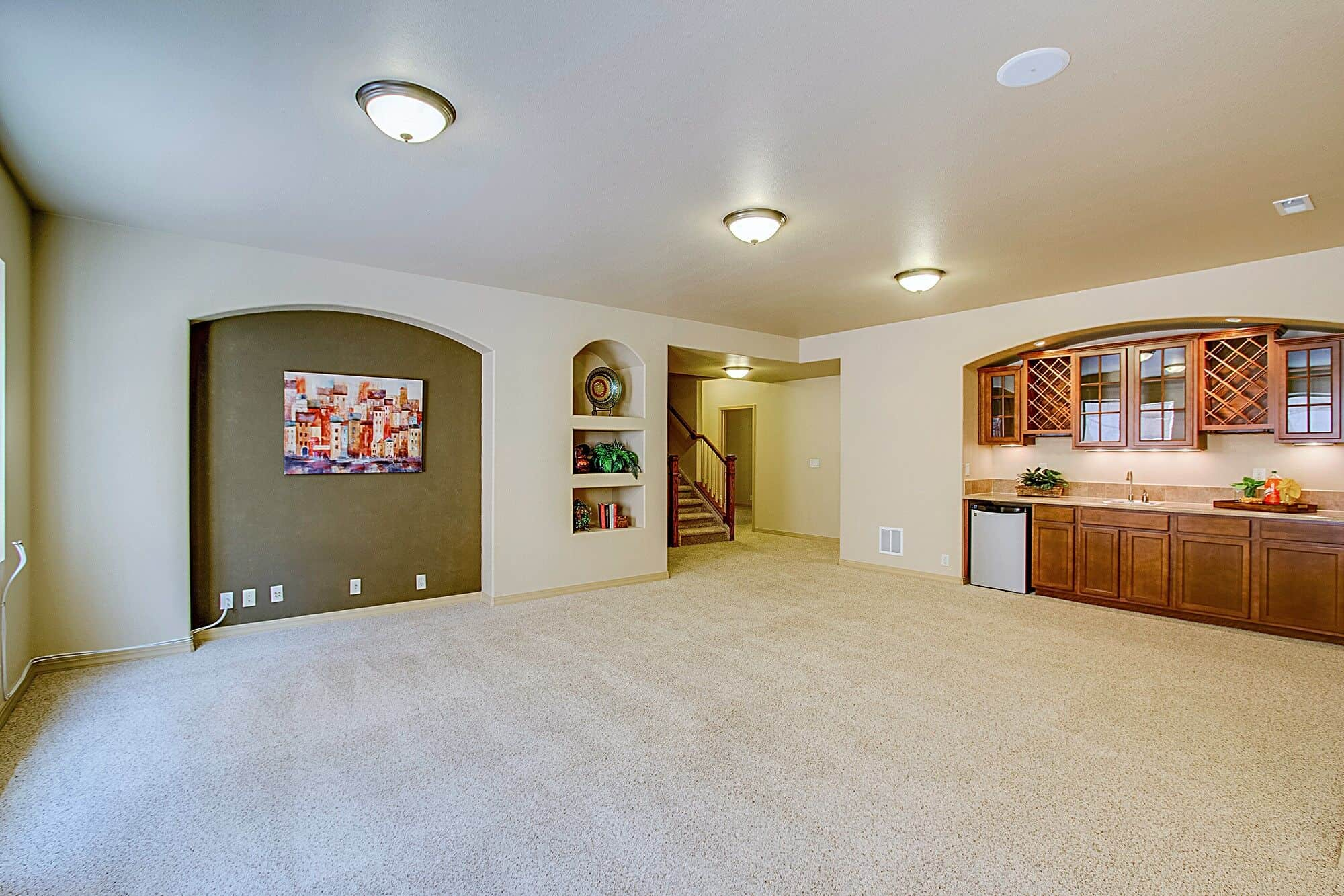 Basement Family Room with Wet Bar