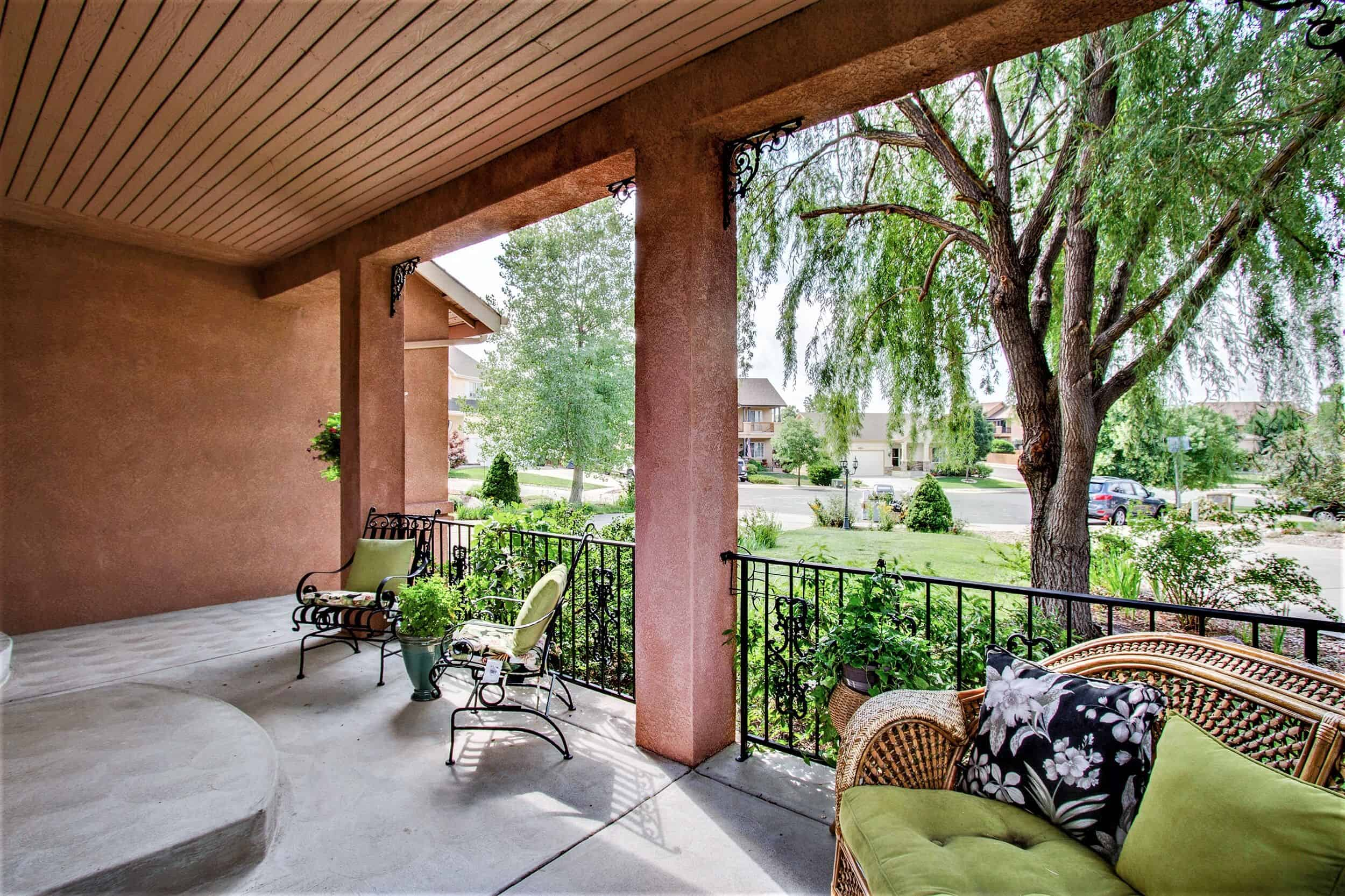 Expanded Front Porch with Views of Cul-De-Sac Lot