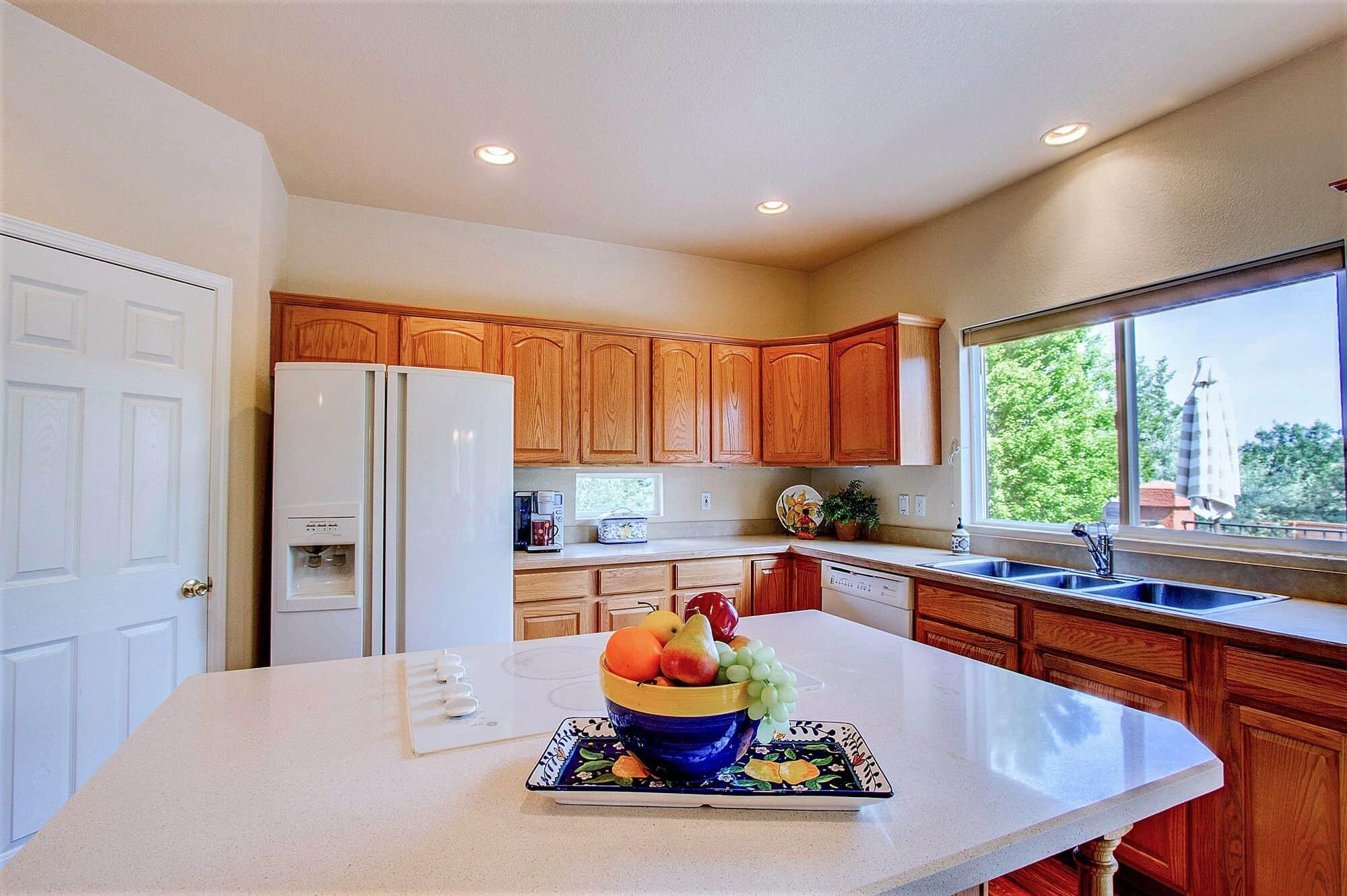 Kitchen with Quartz Counter Island