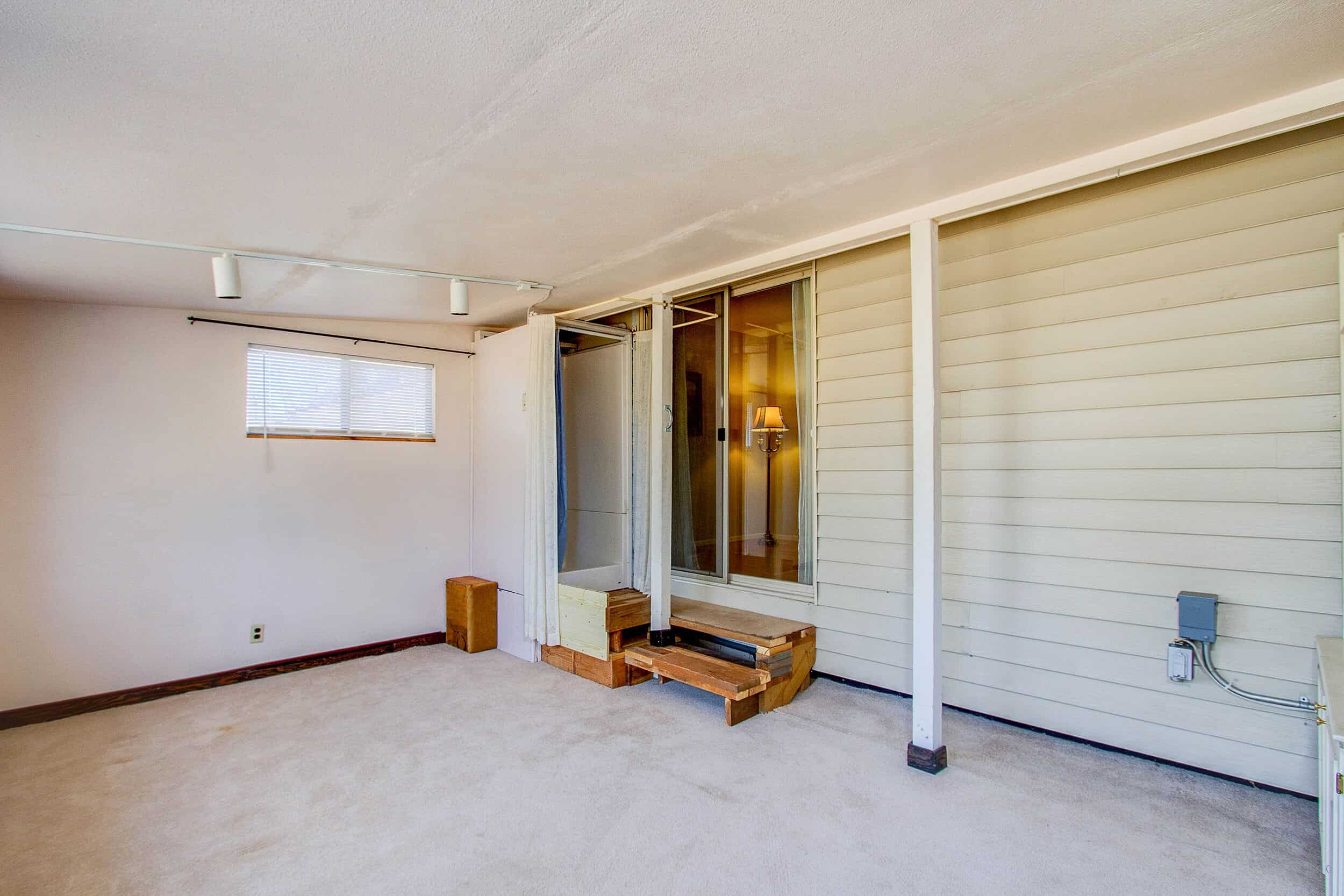 Walk-Out to Enclosed Patio with Shower
