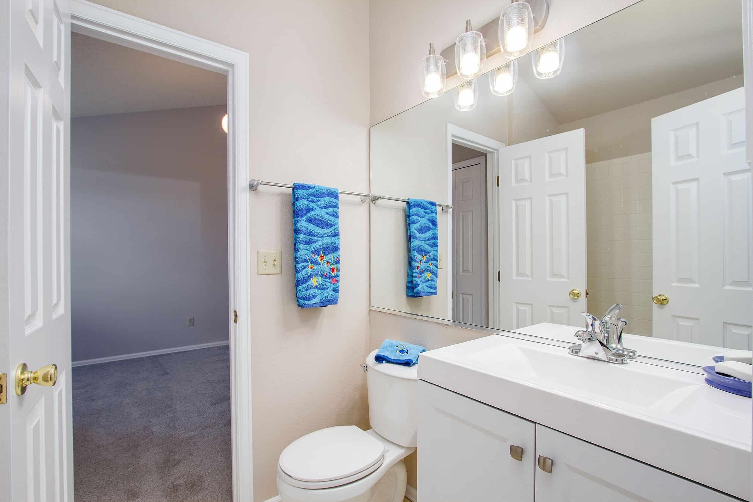 Jack N Jill Bathroom