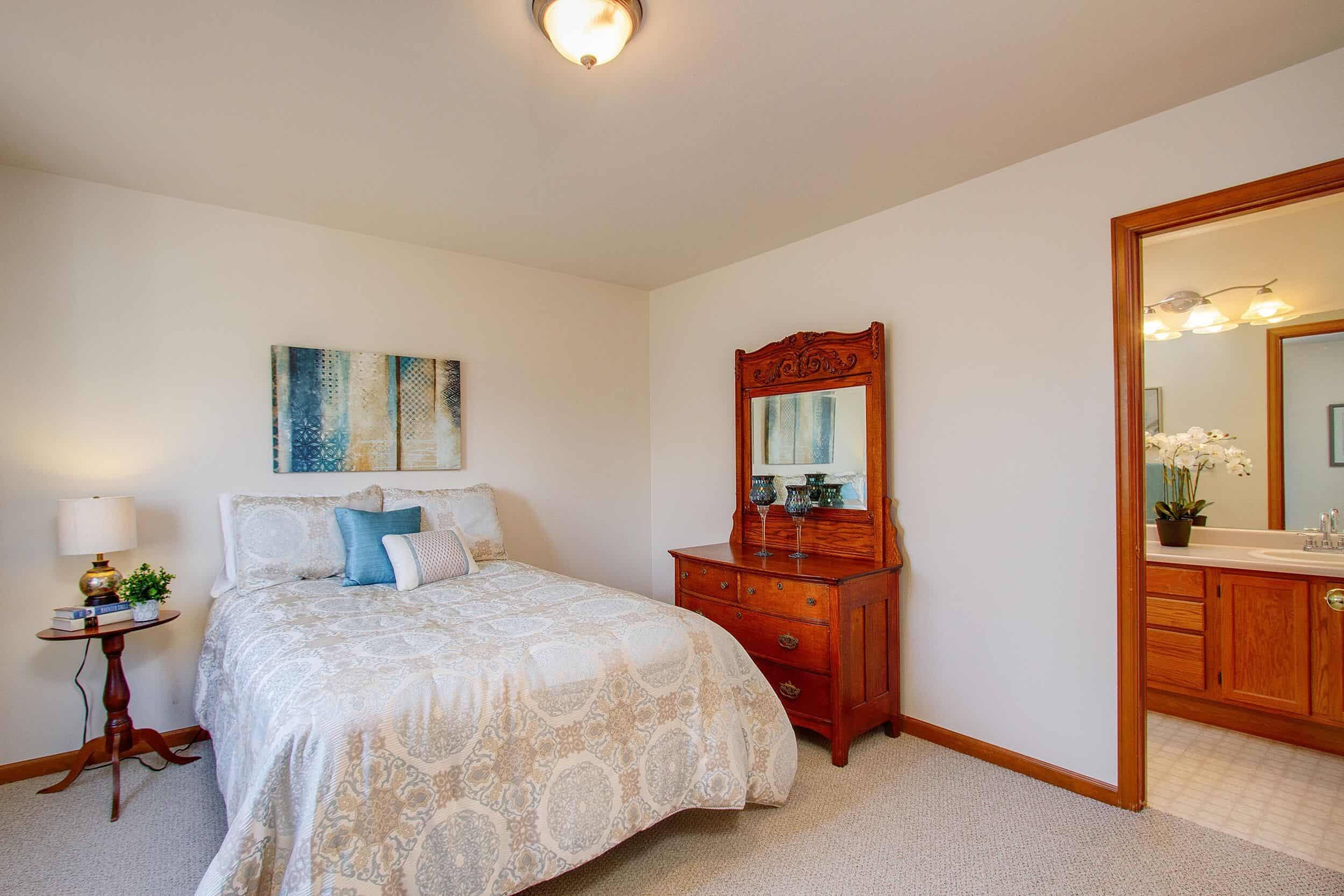 Upper Level Bedroom 4 with Jack N Jill Bathroom