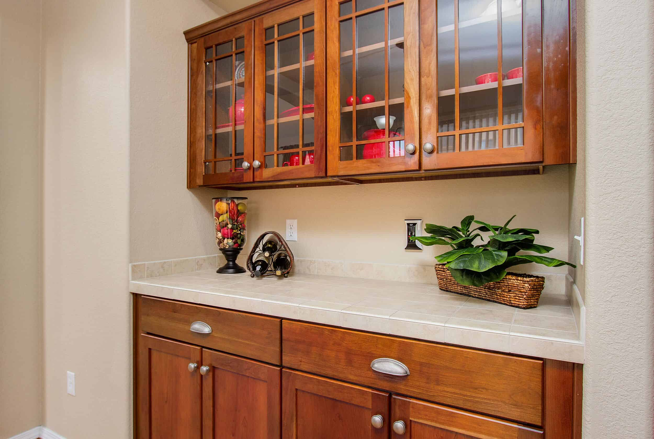 Built-In Cabinets in Dining Room