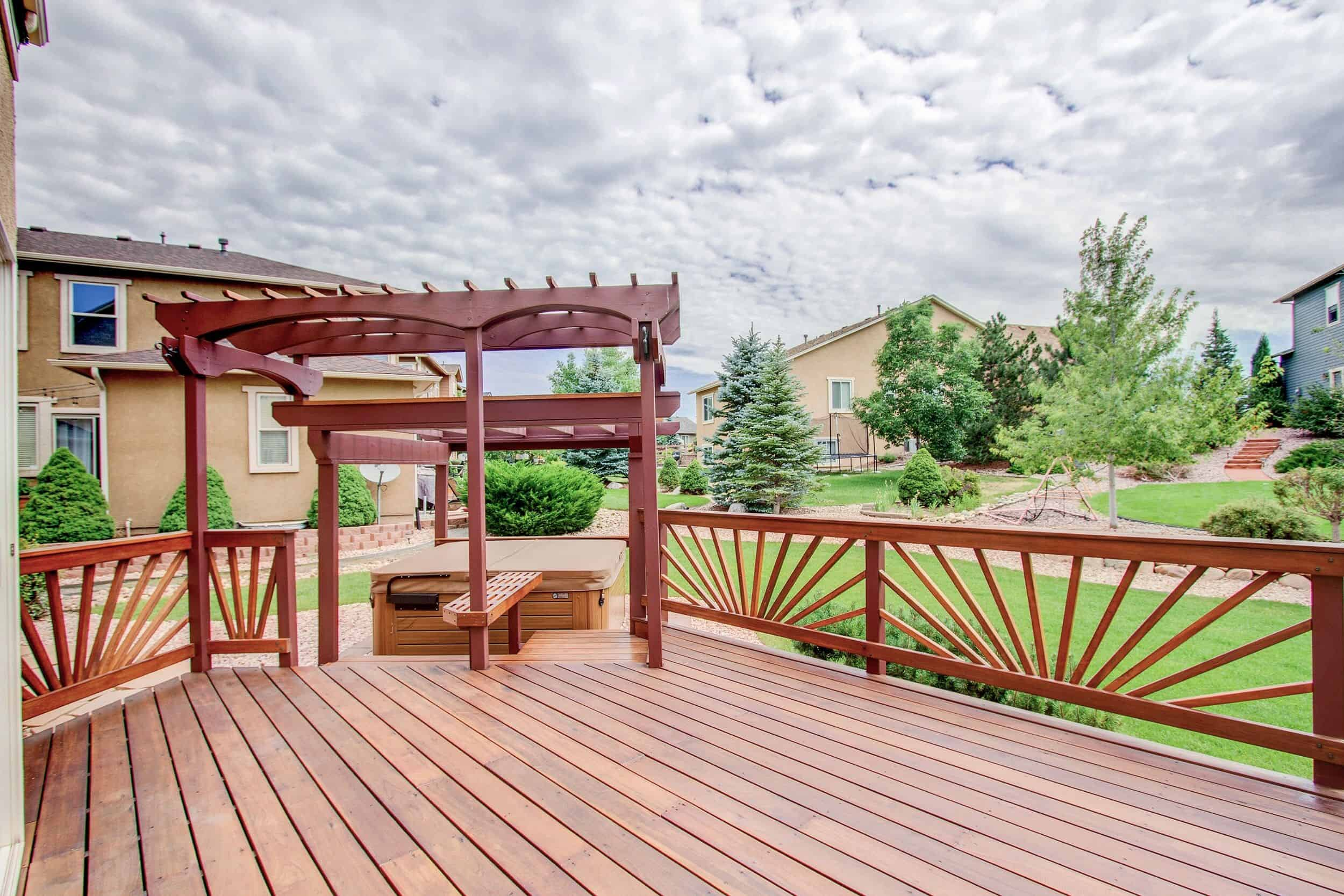Landscaped Yard, Deck, Pergola and Hot Tub