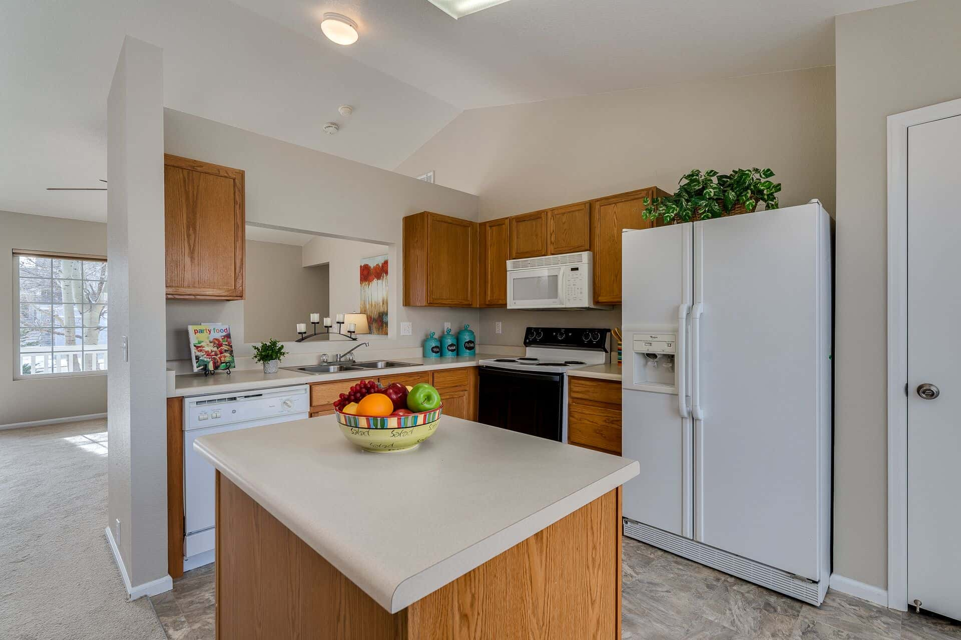 Island Kitchen with Pantry